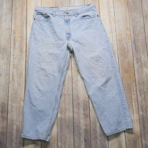 Levis | Men's 550 Light Wash Jeans Size 38 x 27.5